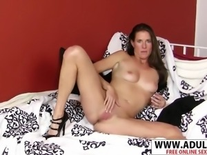 Sexy milf sofie marie ride cock hard her bud
