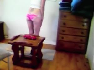 Slender amateur teen in pink panties reveals her kinky side
