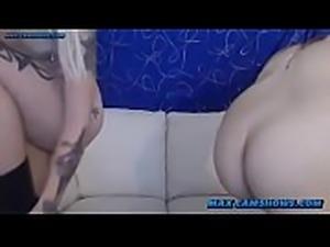 Lesbian Punk Girls Kissing And Masturbating