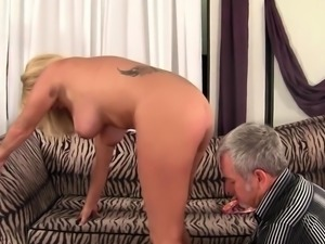 Mature Blonde Crystal Taylor Gets Plowed