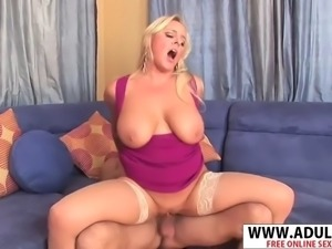 Curvy stepmother alexis golden gets nailed good touching dad&#39s friend