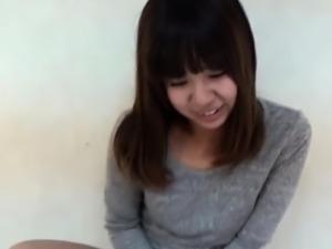 Asian amateur pees panty
