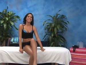 Sex goddess in sexy lingerie rides schlong and moans