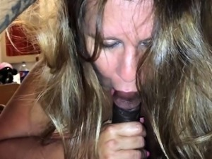 Curvy brunette wife stuffs her hungry cunt with black meat