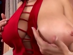 Giant breasted whore Lana Ivan wanna enjoy anal masturbation with busty hoe