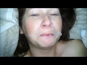 Girl speaking with cum in the Face