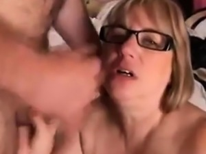 Mature wife wants facial