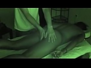 Ebony Client Tries Oral B4 Jacking Off Massage Therapist. Regular Version