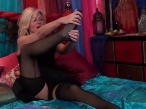 Ardent auburn MILF in black stuff Ellen B wanna fingerfuck her anus