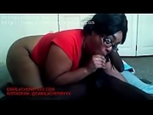 Bbw big ass thot sucks BBC in ghetto traphouse