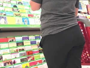 No Underwear on Mature With Jiggly Ass (BUSTED)