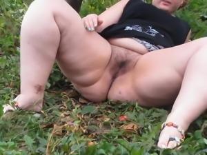 Irina - Sweet Pissing BBW