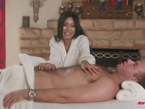 Marvelous buxom Asian masseuse Honey Moon rides strong cock on top