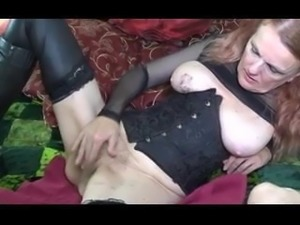 The Arizona HotWife masturbates for a stranger