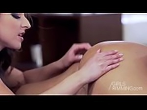 GIRLSRIMMING - Massage for you with Amirah Adara