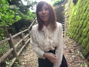 Chihiro Akino Shows Pussy in The Open Air - CARIBBEANCOM