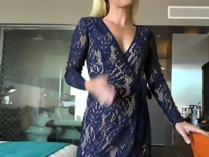 Laura Bentley Sexy Milf Cheats Blowjob