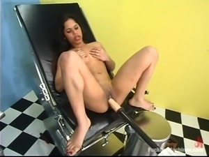Hot Ana gets toyed by a machine in gynecologist room