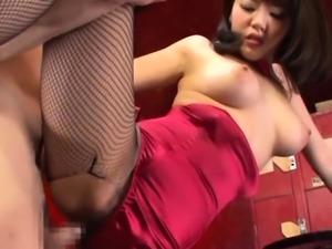 Slender oriental Mao Hamasaki enjoys sex action