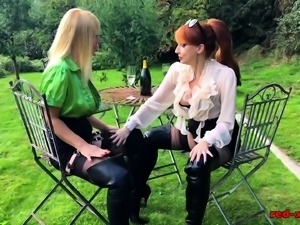 British redhead mature licks her hot girlfriend outside