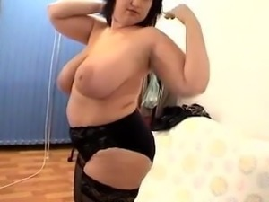 Mature BBW With Natural Tits and Big Ass