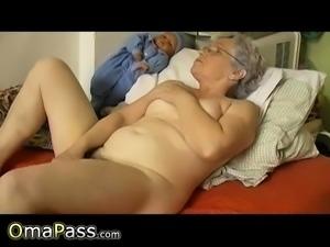 OmaPasS Closeup Hairy Granny Pussy and Toying
