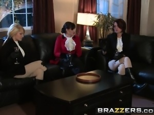Brazzers - Hot And Mean -  Dont Look A Gift W