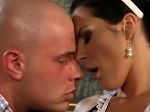 Babe in white stockings Naomi Lambo having her cunt drilled