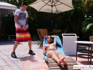Amazing bootylicious lady Sophia Leone rides dick as no one else